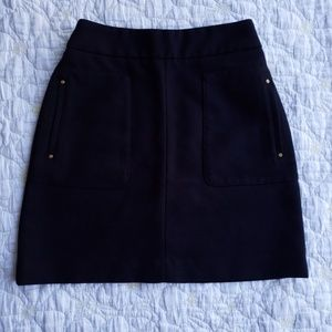 H&M Black Mini Skirt with Pockets and Gold Zipper
